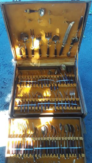 Vintage 24kt gold plated silverware or gold ware I should say for Sale in Albuquerque, NM