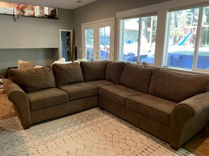 Clean and comfy sectional - with pullout sleeper! for Sale in Woodinville, WA