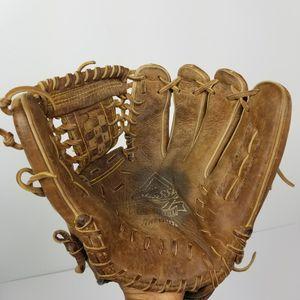 "Mizuno Classic Pro Soft Baseball Glove 12"" Model GCF1201F1 Fast Pitch RHT Right Hand Throw $65 for Sale in Seattle, WA"