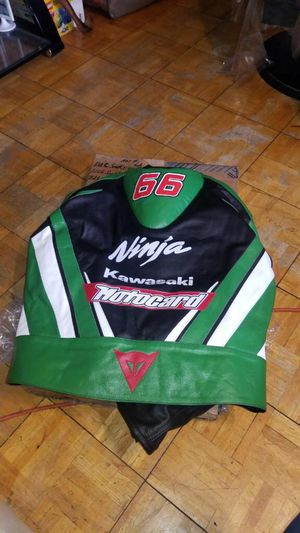 Brand new Kawasaki motorcycle jack for Sale in New York, NY