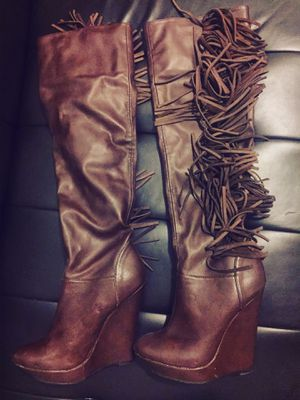 Knee high wedge boot size 5 for Sale in Kent, WA