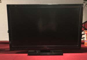 "Visio 32"" TV for Sale in Wild Rose, WI"
