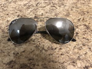 Ray ban sunglasses for Sale in Columbus, OH