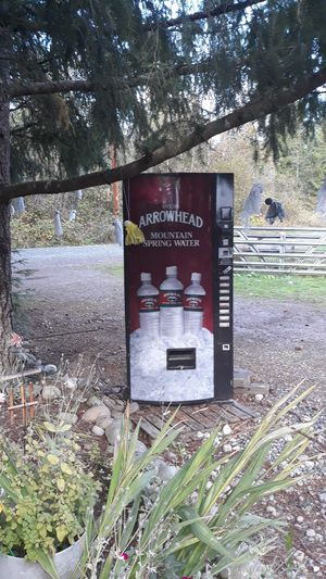 Arrowhead mountain spring water machine for Sale in Tacoma, WA