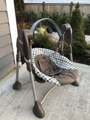 Graco Baby Swing - collapsible for Sale in Seattle, WA