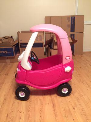 Little tikes car for Sale in Altavista, VA