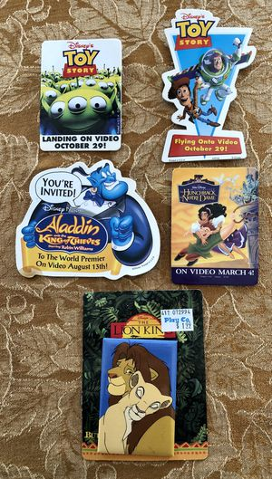 Disney Buttons Pins Vintage Movie lot of 5 for Sale in Lake Forest, CA