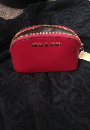 Authentic Michael Kors make up bag for Sale in Princeton, MN