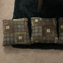 Pillows (used) for Sale in Yakima,  WA