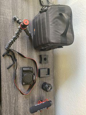 Canon eos M50 complete setup ( like new ) for Sale in Santa Clarita, CA