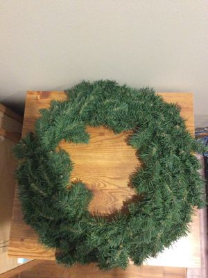 """9 wreaths 21"""" diameter artificial for Sale in St. Charles, IL"""