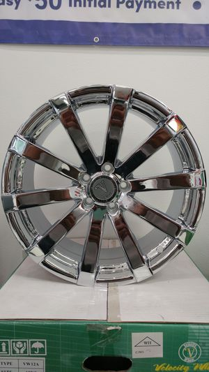 "18"" Velocity 12 Chrome Rims for Sale in Tacoma, WA"