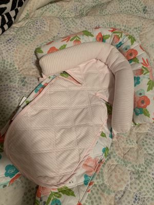 Baby car seat head pillow for Sale in Knoxville, TN