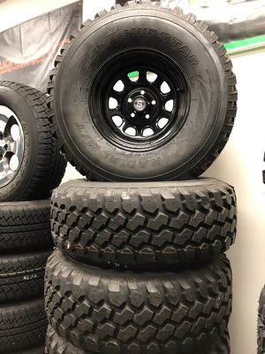 "33 12.5 15"" set of 5 brand new jeep wheels and tires for Sale in Chicago, IL"