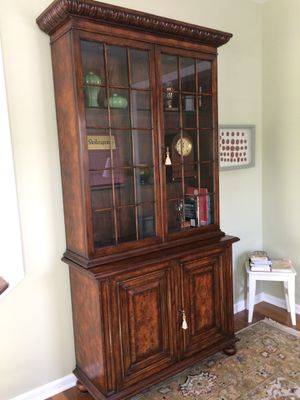 Large Cabinet w/ Display Shelves for Sale in Sewickley, PA