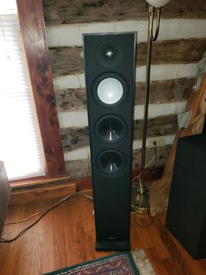 Paradigm Tower, Subwoofer, and Center Channel speakers with Yamaha Reciever for Sale in Murfreesboro, TN