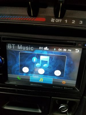Soundstream bluetooth double din for Sale in Tacoma, WA