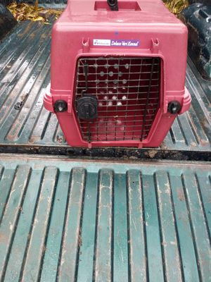 Small pet carrier crate cage for Sale in Houston, TX