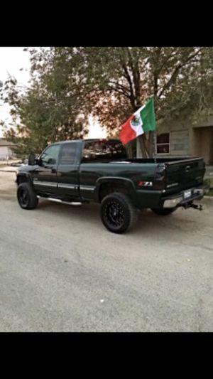 Silverado 4x4 for Sale in Earlimart, CA