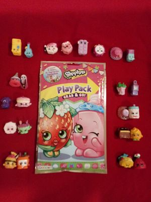 24 shopkins figures with activity book for Sale in Pico Rivera, CA