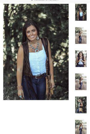 Brown Suede Fringe Vest / Size: Medium for Sale in Turlock, CA