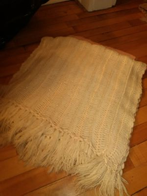 Ivory shawl w/gold metallic threads for Sale in Saint Paul, MN