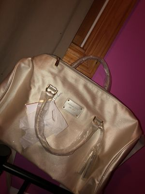 Michael Kors Bag for Sale in Spotswood, NJ
