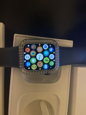 Apple Watch series 5 for Sale in Fontana, CA