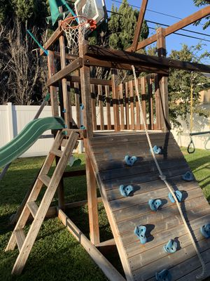 FREE swing set for Sale in Costa Mesa, CA