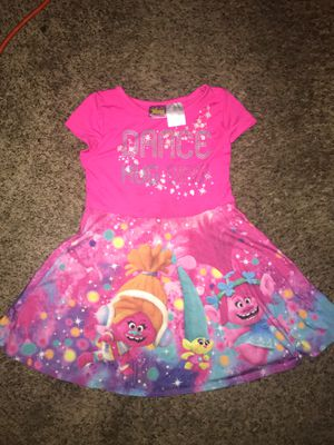 Dreamworks Trolls dress size 4T for Sale in Palmdale, CA