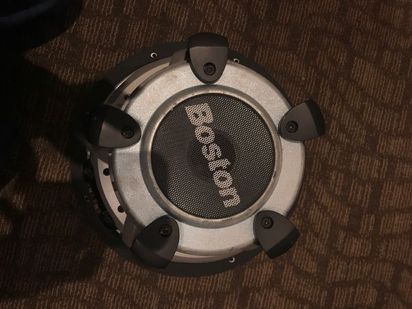 """Boston 12"""" subwoofer! Almost new! Asking price is 140!"""
