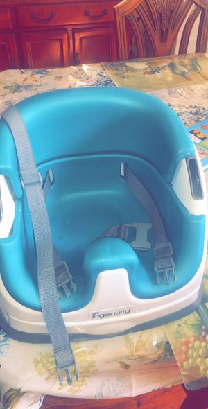 For sale ingenuity baby booster seat for toddler $15 sold as is thanks for Sale in La Habra, CA