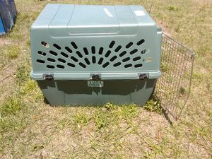 Big 30lbs dog crate for Sale in Orlando, FL
