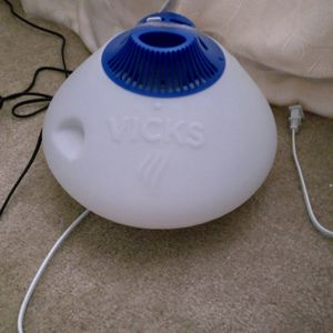 Vick's Warm Steam Vaporizer for Sale in Oroville, CA