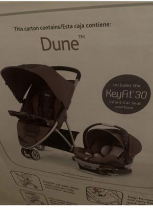 Chicco Keyfit 30 carrier/car seat and Viaro travel system stroller for Sale in Fort Lauderdale, FL