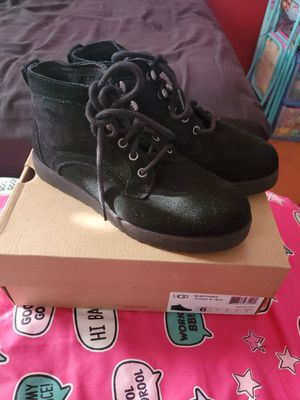Womens UGG boots for Sale in Los Angeles, CA