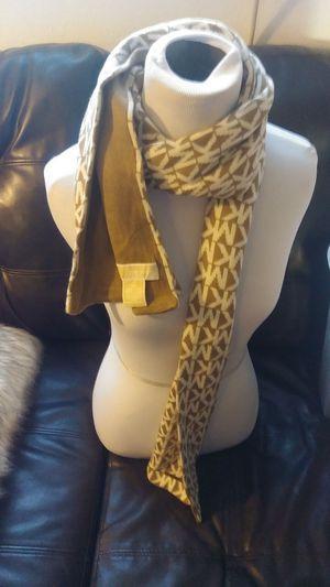 Michael kors scarf for Sale in Denver, CO