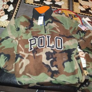 150 Doller Sweater Half Price 75 Brand New Size Medium Small for Sale in Fresno, CA