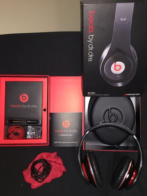 beats by dr. dre for Sale in Naperville, IL