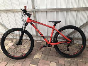 Giant Talon 2 Hardtail Mountain Bike for Sale in HALLANDLE BCH, FL