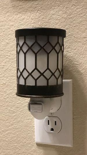 Plug-in Wax Warmer Nightlight for Sale in Kennesaw, GA