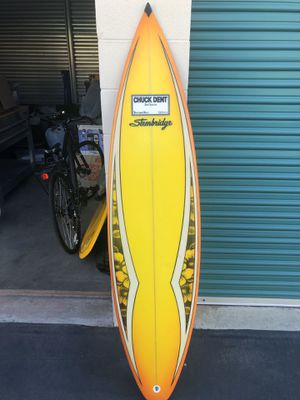 Chuck dent surfboard about 6ft long in very good condition for Sale in San Dimas, CA