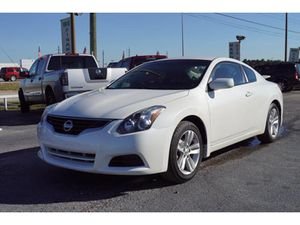 2012 Nissan Altima coupe for Sale in Houston, TX