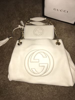 Gucci Purse & Wallet for Sale in York, PA