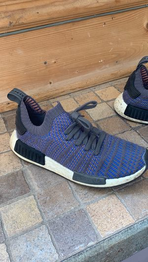 Adidas NMD R1 Primeknit for Sale in Oak Park, IL