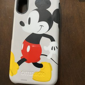 Mickey Mouse Otter box Phone Case for Sale in Selma, CA