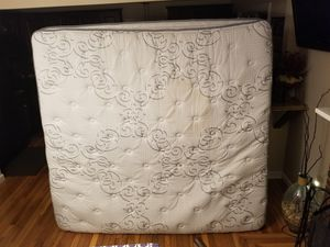 FREE! Serta beauty rest king size mattress for Sale in Rehoboth, MA