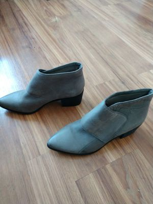 Aldo ankle boots size 10 for Sale in Seattle, WA