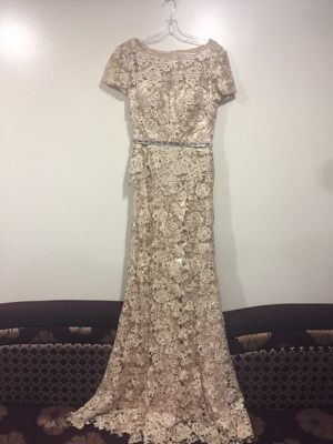 Elegant Prom Dress 1 piece for Sale in Dearborn, MI