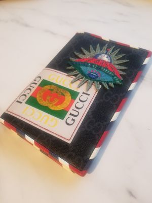 Limited edition Gucci passport holder for Sale in Philadelphia, PA
